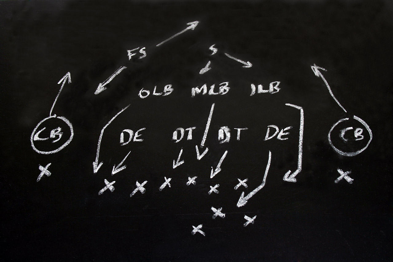 Football-xs-and-os-with-position-initials